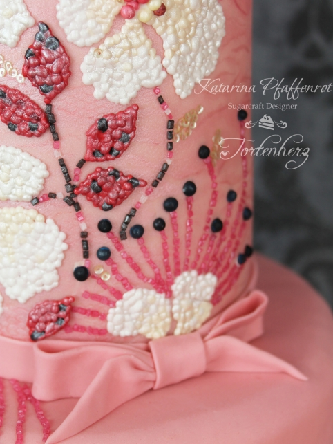 Wedding Cake Black Berry
